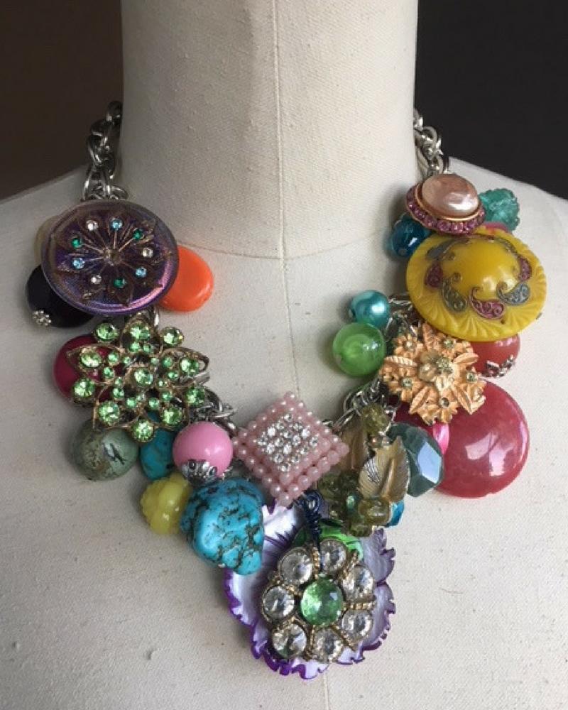rainbow-necklace-buttons.jpg.