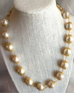 pearl-bead-necklace-scandal.jpg